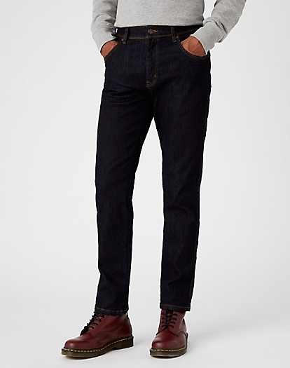 Texas Slim Medium Stretch in Dark Rinse