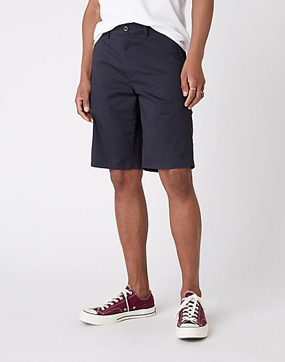 Chino Short in Blue Graphite