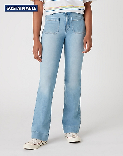Flare Jeans in Clear Blue