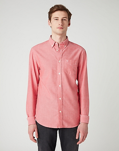 Long Sleeve One Pocket Button Down Shirt in Redlight