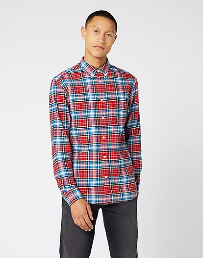 Long Sleeve One Pocket Button Down Shirt in Formula Red