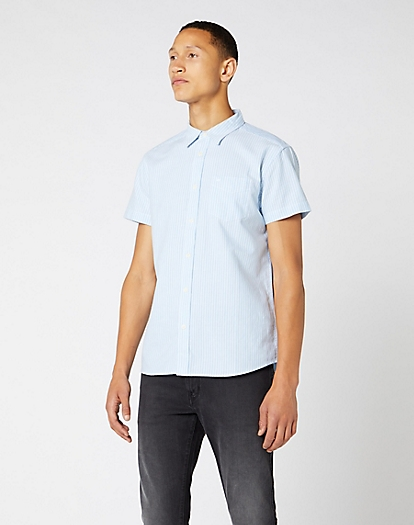 Short Sleeve One Pocket Shirt in Cashmere Blue