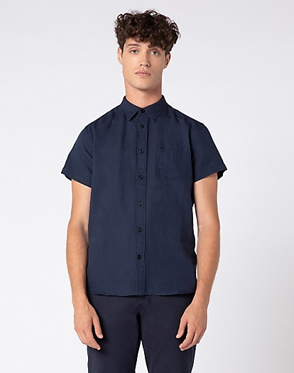 Short Sleeve One Pocket Shirt in Navy