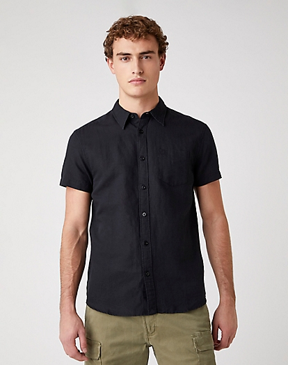 Short Sleeve One Pocket Shirt in Black