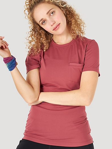 Short Sleever Pocket Tee in Rouge